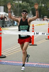 josh-spiker-wins-the-carlsbad-marathon-photo-by-jamie-scott-lytle2